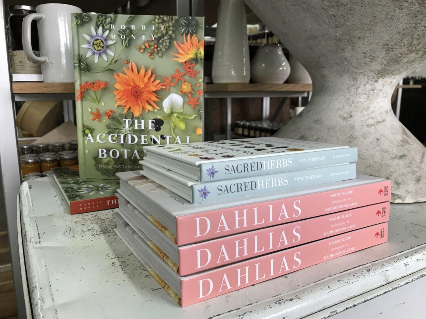 Birmingham, Alabama, FarmStand by Stone Hollow Farmstead, Pepper Place, books