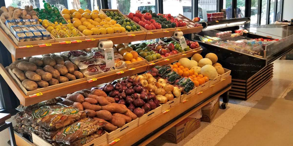 Harvest Market and Southern Organics are bringing fresh, local food to Birmingham. Check out the new Harvest Market downtown.