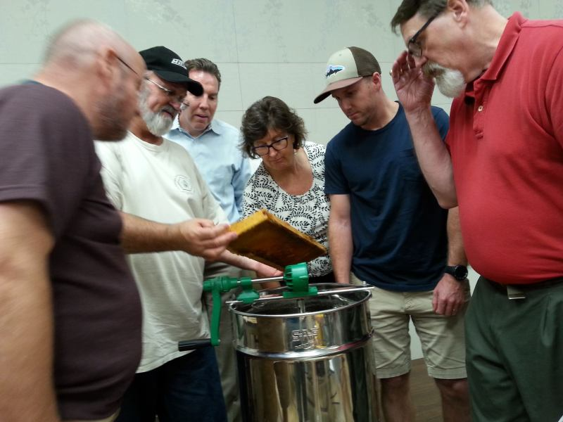 Classes at the Jefferson County Beekeepers' Association.
