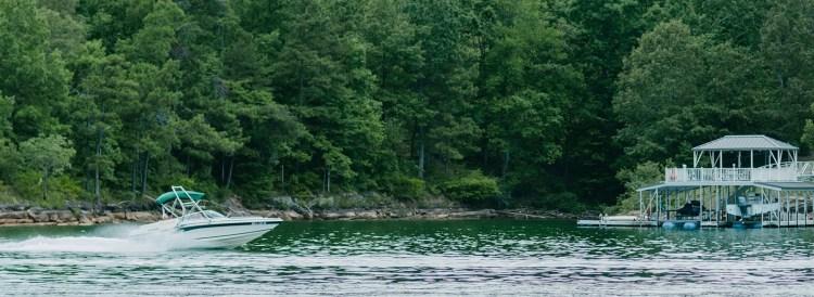 Powerboat cruising on Smith Lake, Alabama