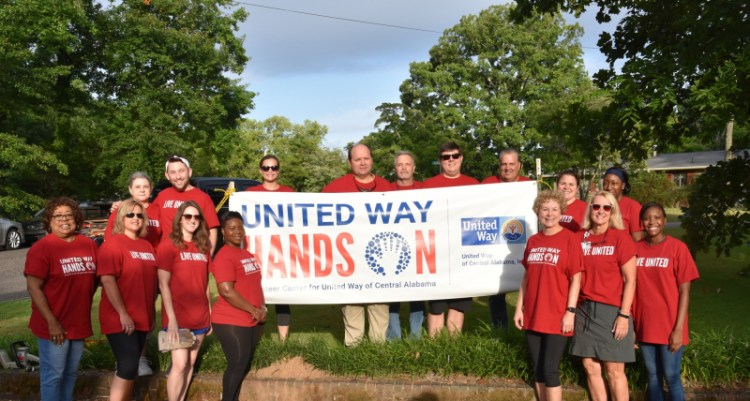 The United Way of Central Alabama volunteers.
