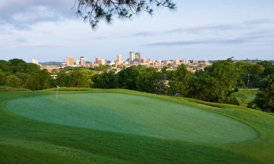 Overlooking the city of Birmingham, AL from Highland Park Golf