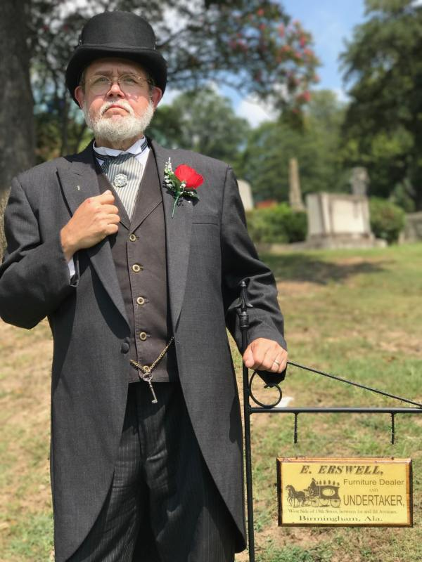 Actor portrays Edward Erswell at Oak Hill Cemetery.