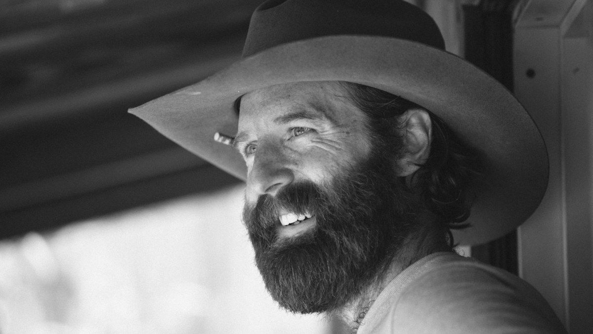Sean of the South is telling stories at Saint Stephen's in Cahaba Heights Sept. 25, 6:15-7 PM. Here's why you should go: