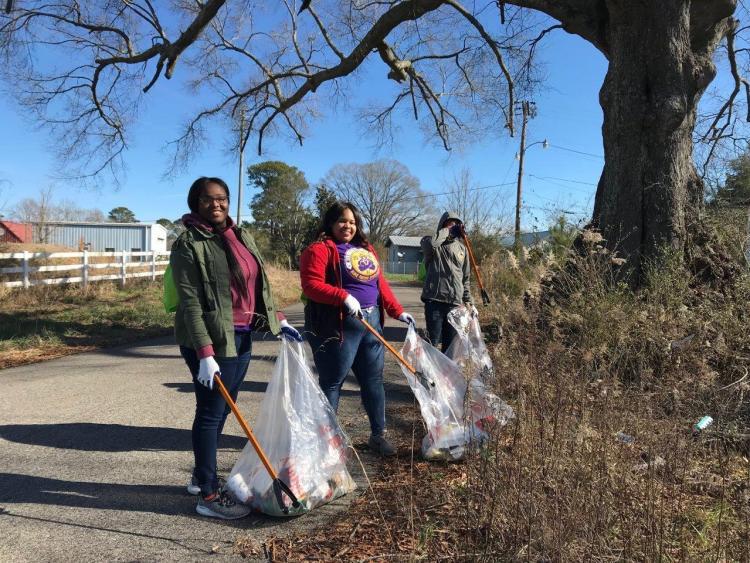Volunteer cleanup