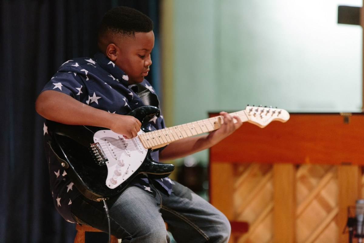 Mason Music Foundation empowering students, reviving Woodlawn Theatre