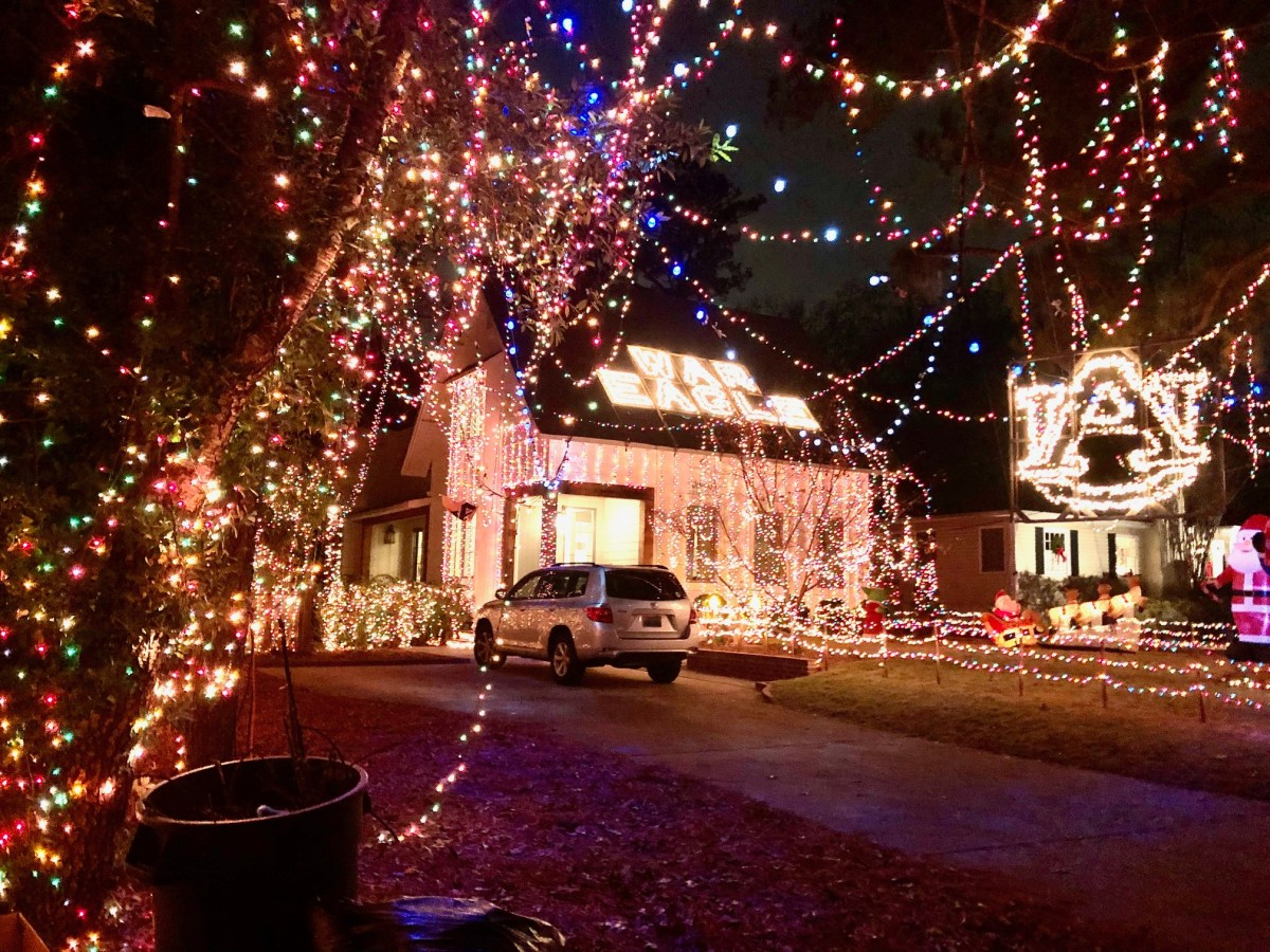 Preview of the Wacky Tacky Christmas Light Tour that begins December 9