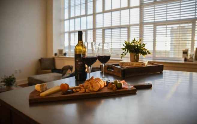 pizitiz wine and cheese board