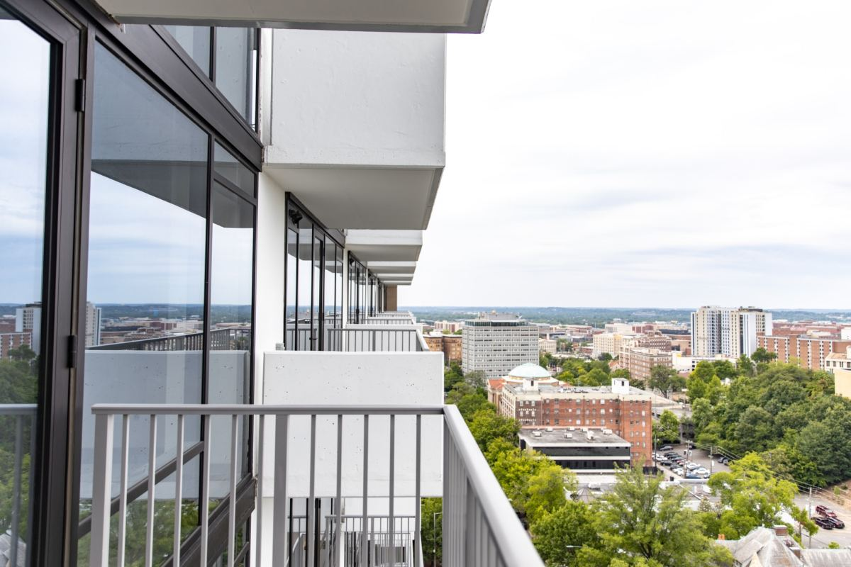 Take a sneak peek into the new high-rise apartments at Cortland Vesta + photos!