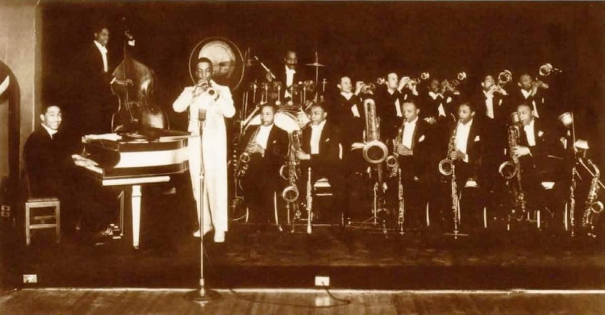 Jazz, Blues & Nightlife in Birmingham's Tuxedo Junction
