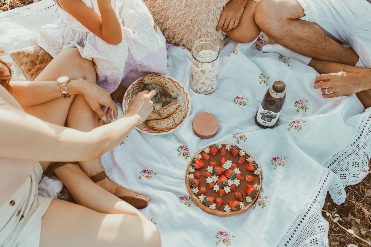 Planning the perfect picnic from Birmingham shops + restaurants