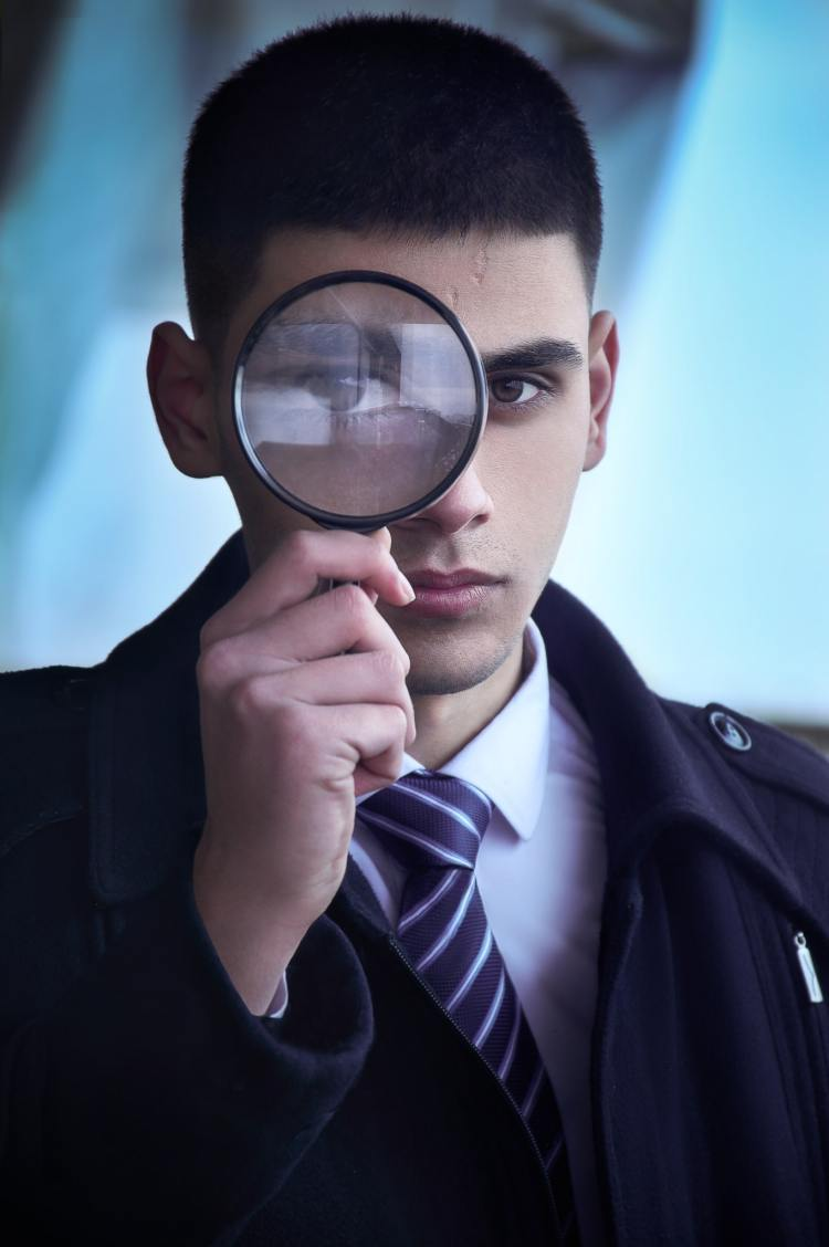 contact tracer - part detective, part counselor