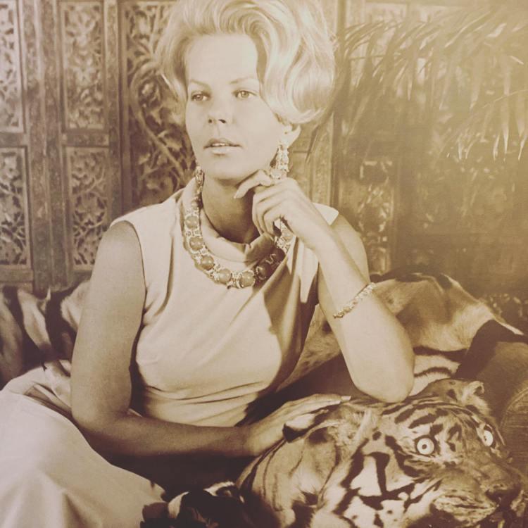 Portrait of Bonnie Swearingen looking to the side - Bonnie Swearingen estate sale
