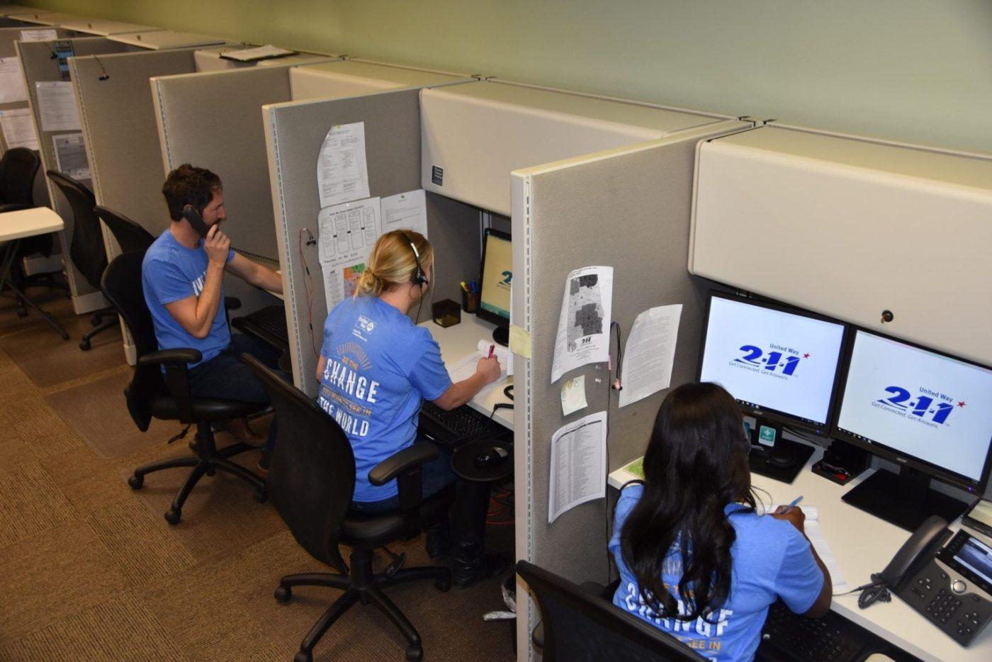 2-1-1 UWCA, 2-1-1 day, call operators answering phones