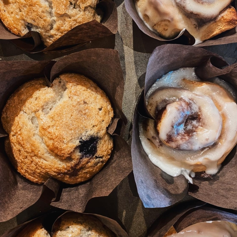 Blueberry muffin and cinnamon roll from Chelsea Coffee House - places to get breakfast in Chelsea