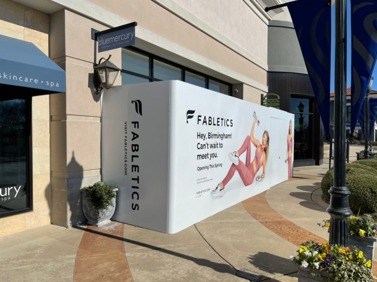 Fabletics, The Summit