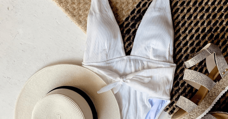 swimsuit with wedges and floppy hat Fab'rik Style