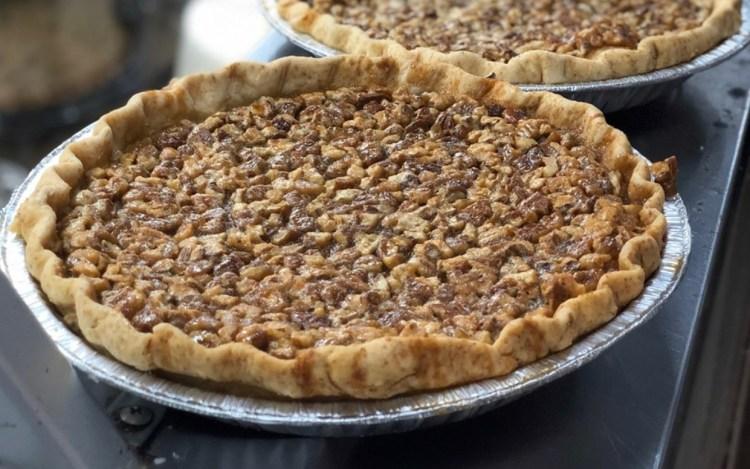 savages pie