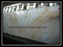 golden_spider_marble_3