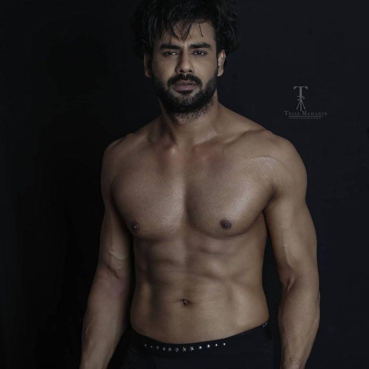 Vishal Aditya Singh hot