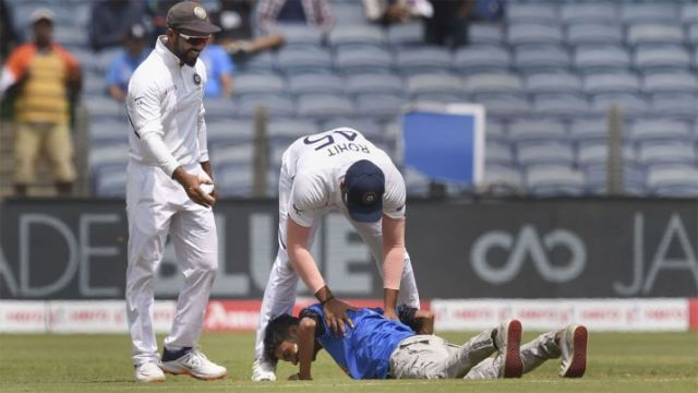 Fan reached the middle ground, Rohit Sharma dropped, a huge lapse in the safety of Indian players
