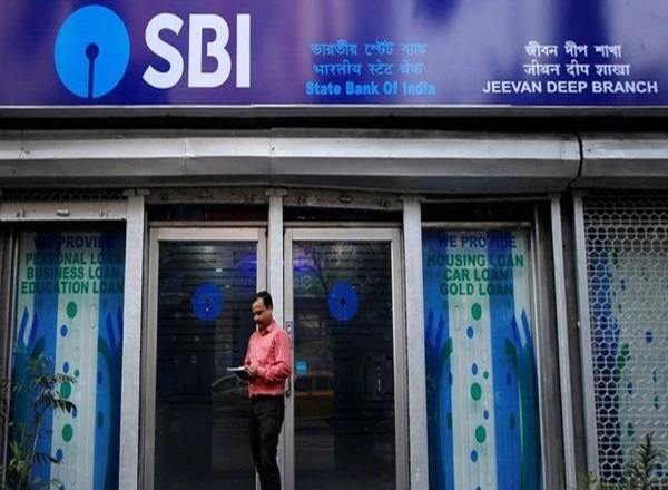 Work to be done with small notes, now SBI will not be able to remove 2000 notes from ATM