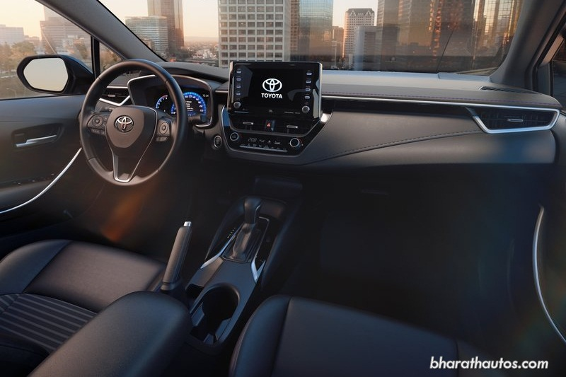 all new corolla altis 2020 silent remote grand avanza toyota sedan 12th gen makes global debut india the follows a minimalist dashboard design with central floating 8 inch touchscreen entune 3 0 system