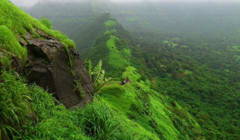 places-to-visit-pune-tikonafort