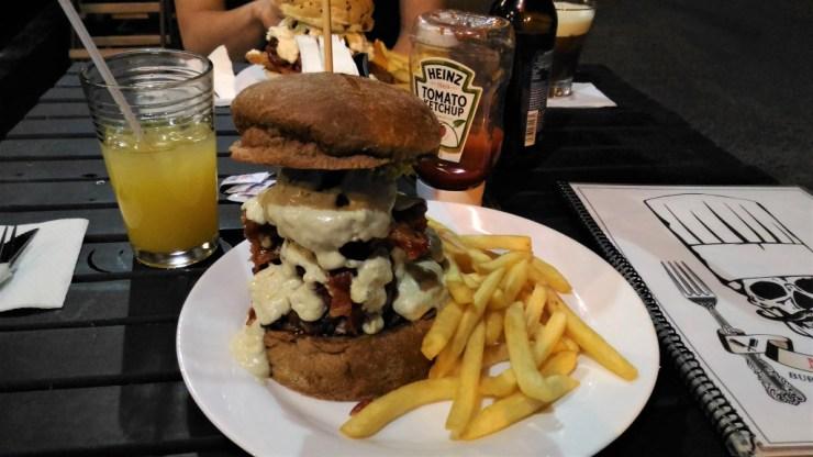nevermind-pub-hamburguer-back-black