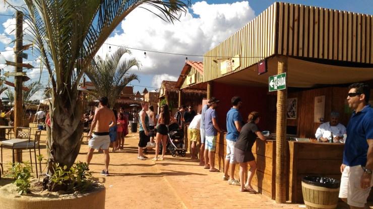 na-praia-bh-vila-gastronomica-comida