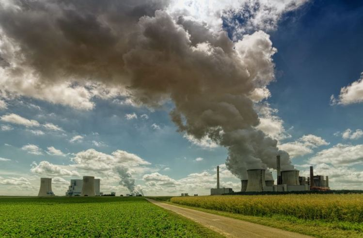 How can community energy groups help uk to reach net zero emissions - fossil fuel energy generation