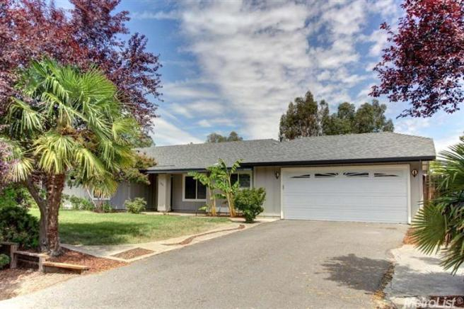 2001 Claimstake Ct, Elverta, CA 95626