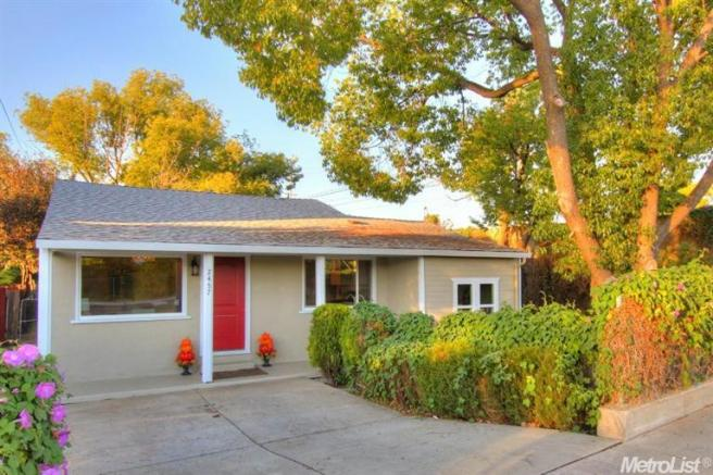 2457 26th Ave, Sacramento, CA 95822