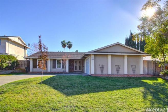 4828 Rockland Way, Fair Oaks, CA 95628