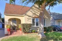 $379,000 (LP) Price/SqFt: 290.87 3433 V St, Sacramento, CA 95817