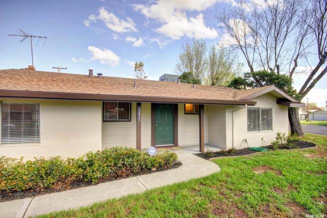 3435 Virgo St, Sacramento, CA 95827