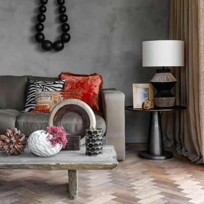 circle-wooden-pot-with-lid-black-03-amara