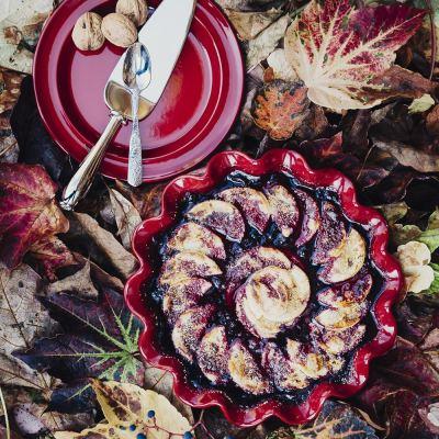 ruffled-pie-dish-rouge-02-amara