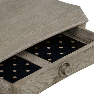 yarne-side-table-02-amara