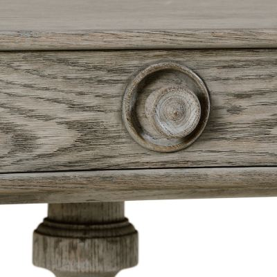 yarne-side-table-03-amara
