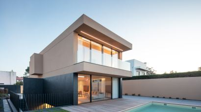 Areia House by Raulino Architect