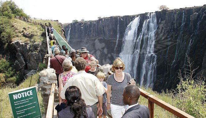 Tourists Concentrated at Victoria Falls