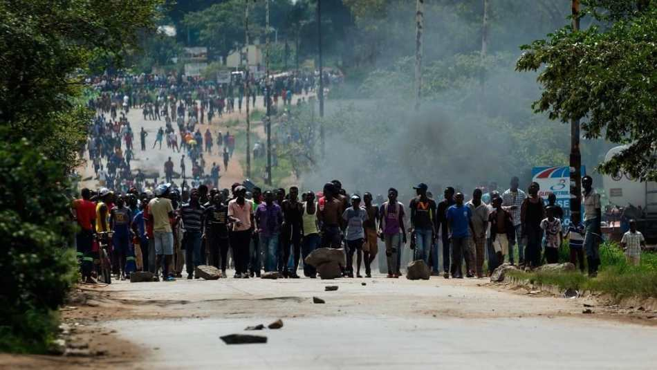 Zimbabwe Government Dissuades Citizens From Mass Action