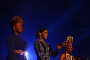 (L to R) The artist Yemi, Bonang and Momzamo during the MAMA 2016, in Johannesburg, South Africa on October 22nd, 2016