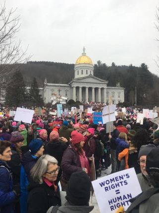 Vermonters gather at the state house. | Photo: Lucy Govoni/Register
