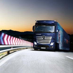 Long Distance Haulage. New Actros