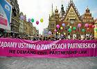 Związki partnerskie jeszcze poczekają? Dla Platformy ważniejsze in vitro i konwencja antyprzemocowa