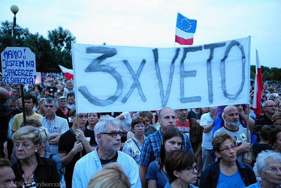 Park Kasprowicza w Poznaniu. Protest w obronie niezawisłości sądów. Sobota 22 lipc
