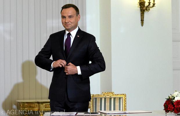 Prezydent Duda podpisał projekt ustawy o obniżeniu wieku emerytalnego