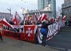 Marsz Niepodległości 2014. Narodowcy, race i starcia zadymiarzy z policją